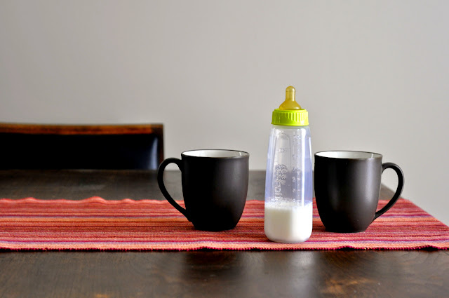 Coffee-Cups-Baby-Bottle-Pregnancy-Announcement-tasteasyougo.com