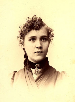Feminist and anarchist activist Voltairine de Cleyre, c.1900 - via Koroesu at Wikimedia Commons - public domain.
