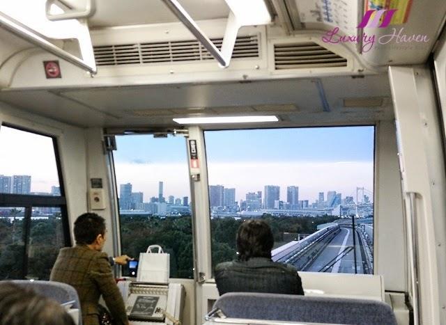 beautiful views yurikamome train tokyo automated transit system