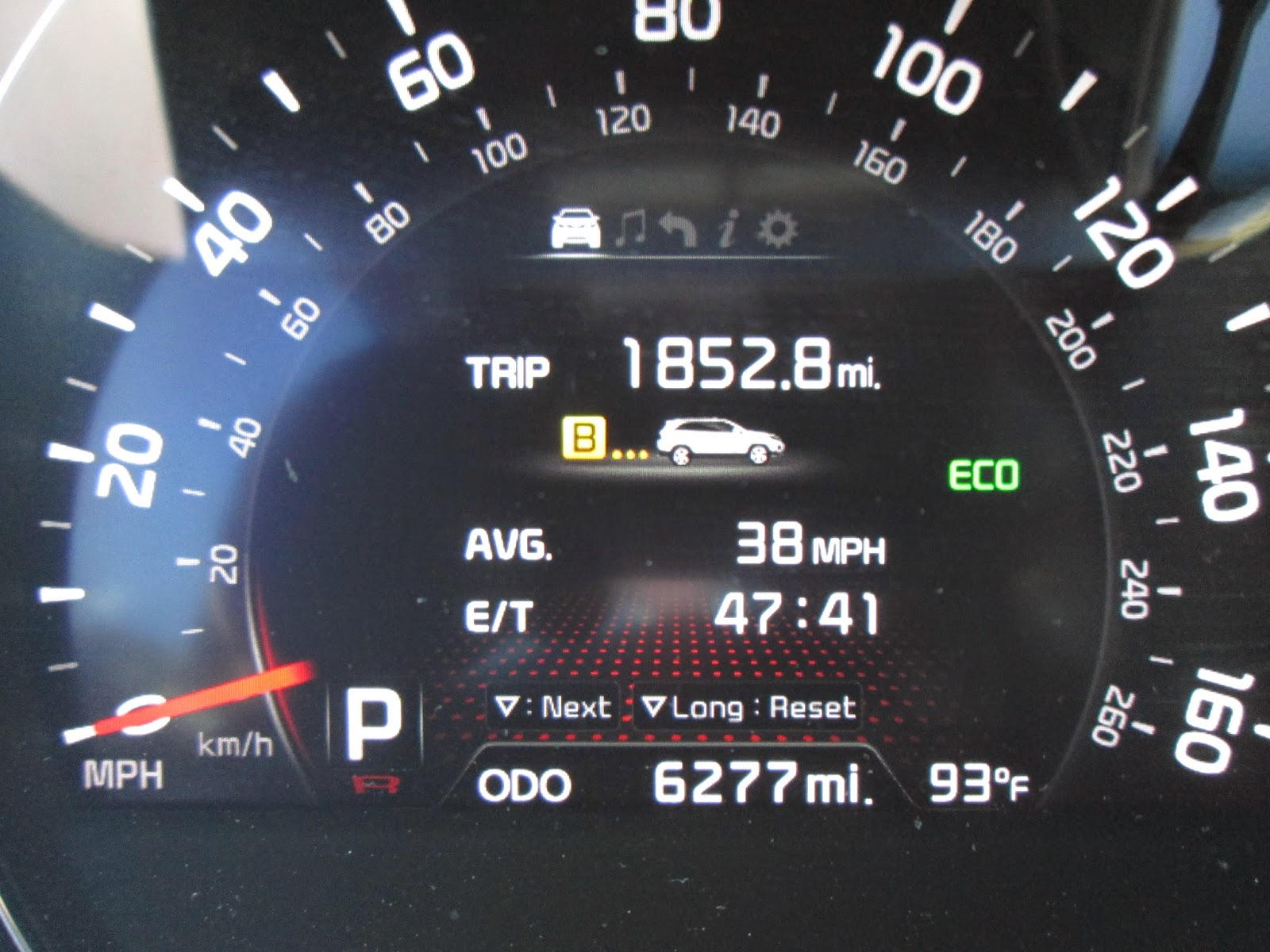 2105 Kia Sorento trip computer showing miles and time