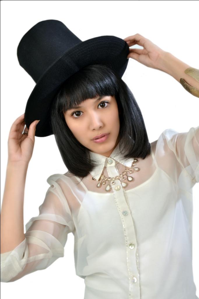 Profil Artis Indonesia Profil-biodata Artis/model