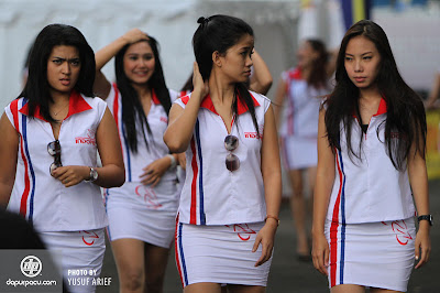 Indoprix 2013 Seri I: Umbrella Girls