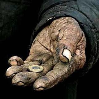 الرجل الفقير وصاحب العمل