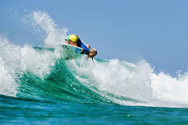 47 Roxy Pro Gold Coast 2015 Bronte Macaulay Foto WSL Kelly Cestari