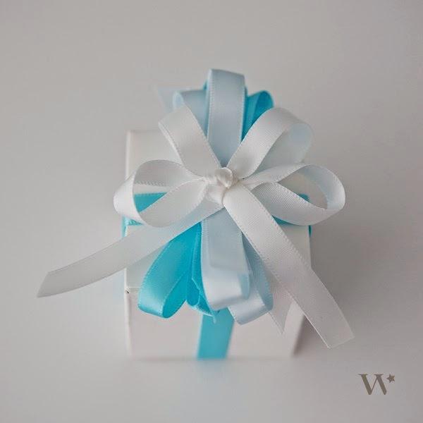 Populaire Le Frufrù: Una scatola e cinque idee per decorarla con il nastro YI63