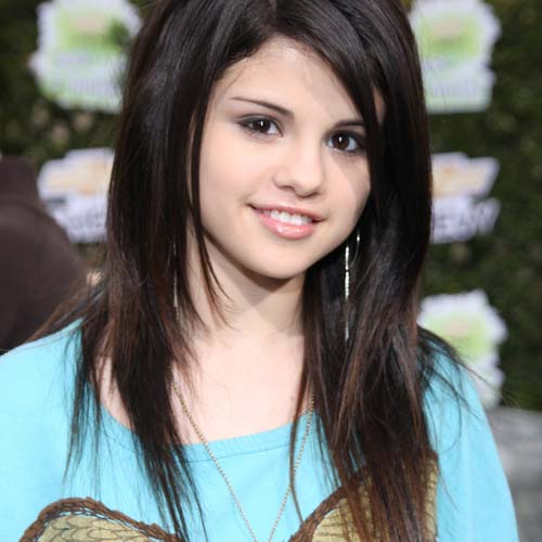 Several Cute Teenage Hairstyles That You Can Try - Women Interest