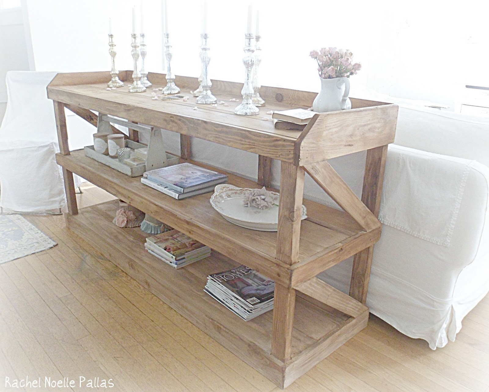 Shabby french for me shabby chic console change for Sofa table made from pallets