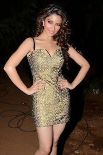 Actress Madhurima  Pictures in Short Dress at Best Actors Audio Launch  16.JPG