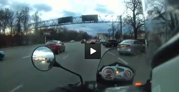 Γυναίκα οδηγός έκανε το πιο τρελό παρκάρισμα του κόσμου