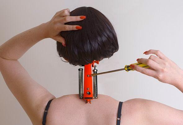 Jessica Ledwich fotografia photoshop surreal critica social feminismo mulheres beleza