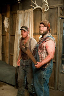 tucker-and-dale-vs-evil-movie-Tyler_Labine-Alan_Tudyk