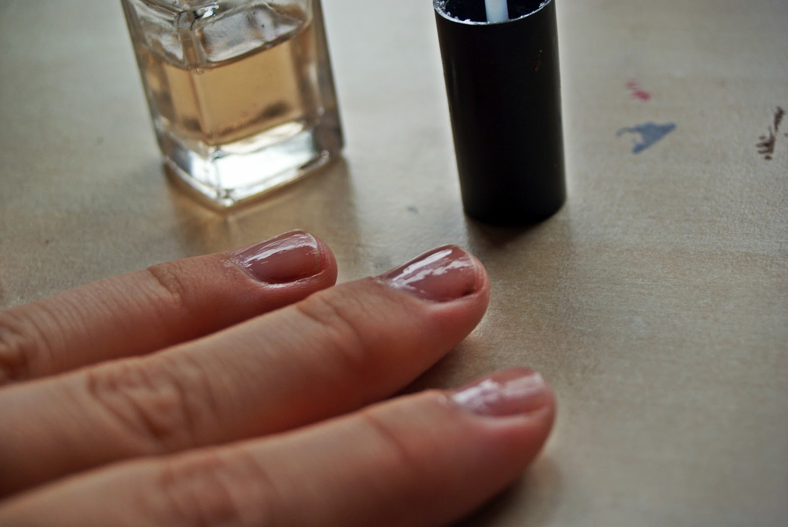 Waterproofes photographie °*: Diy: Newspaper Nails ( Nageldesign )