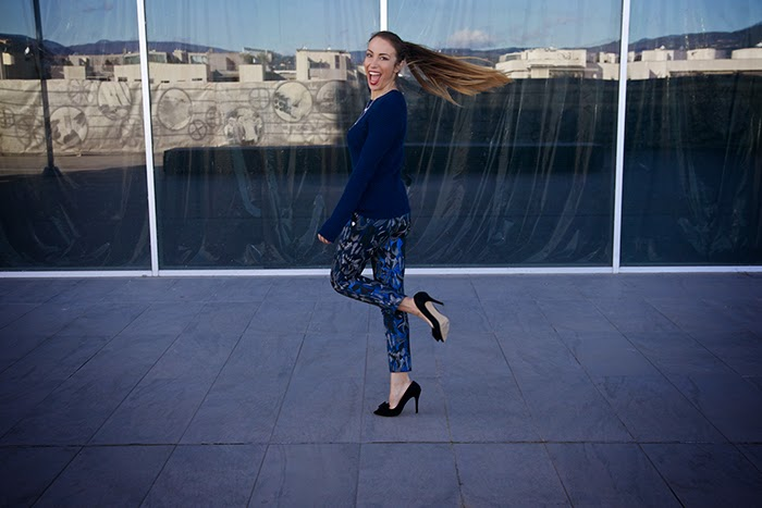 pantaloni blu argento