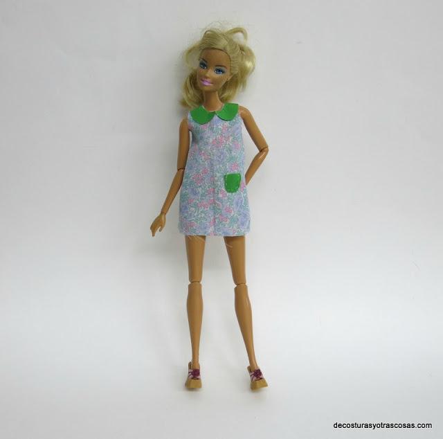como hacer un vestido sin mangas para la Barbie