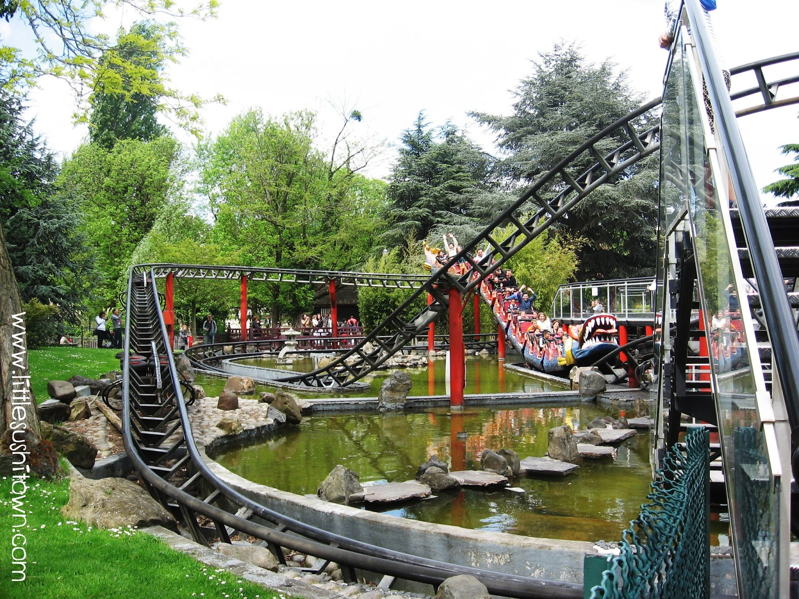 Travelling in paris with kids do more here 39 s how for Jardin d acclimatation