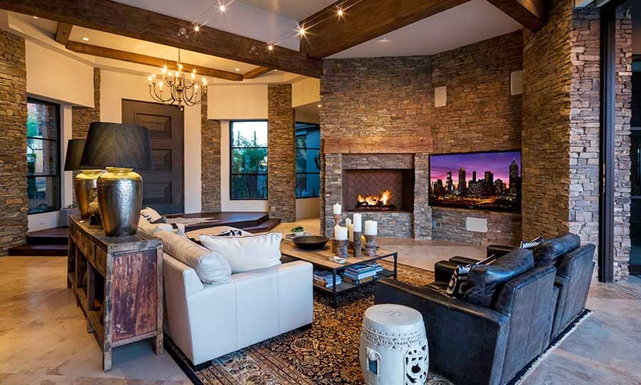 Desert mountain retreat architector scottsdale arizona - Pared de piedra interior ...