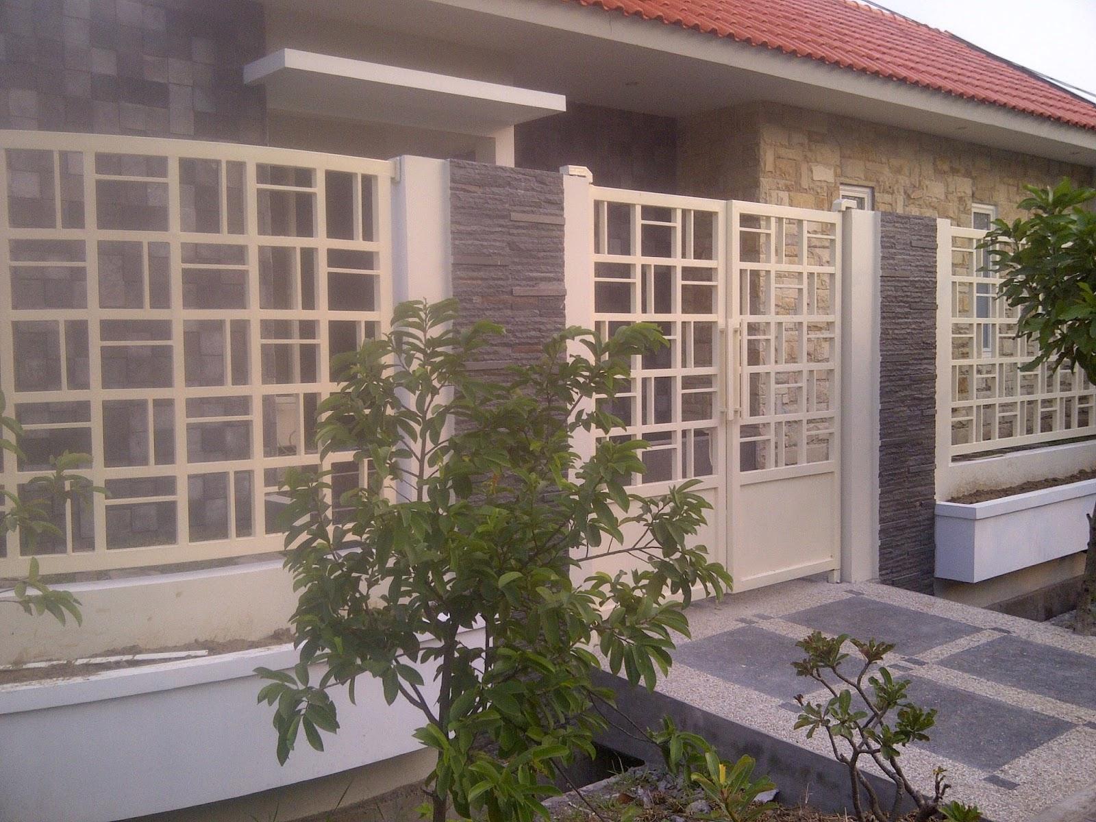 railing tangga modern minimalis eksterior rumah minimalis