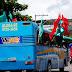Fãs do ritmo Melody reúnem 200 pessoas em cortejo pelas ruas de Macapá.