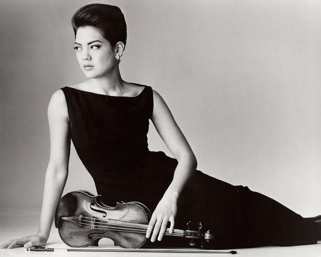 Anne Akiko Meyers Stradivarius Violin