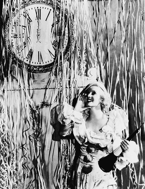 1930s New Year's Eve! #1930s #bette #davis #vintage #party