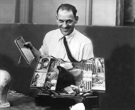 dick related to Lon chaney chaney
