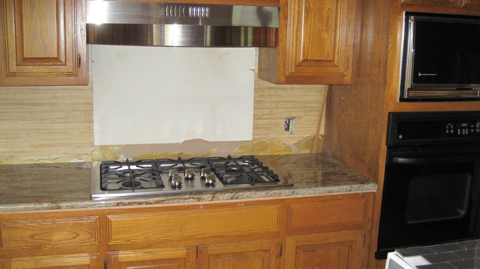 Formica Kitchen Countertop with Backsplash