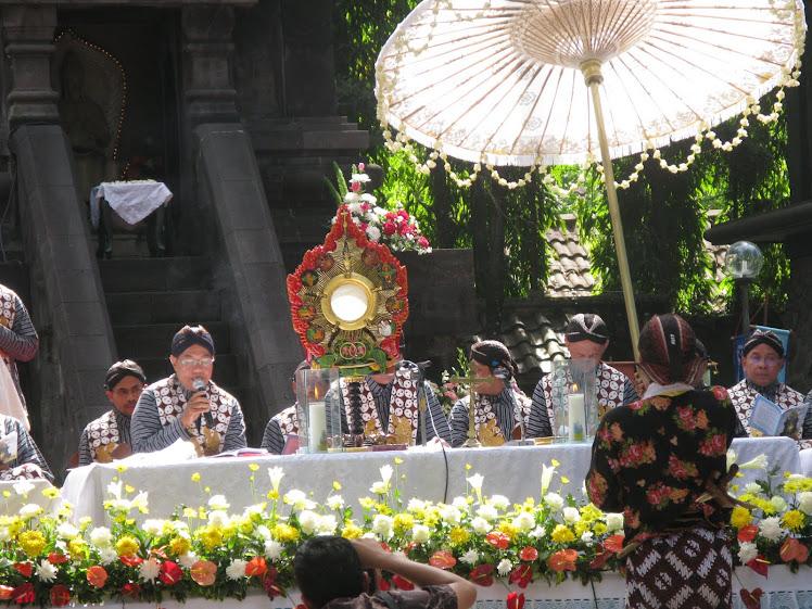 Eucharistic Life