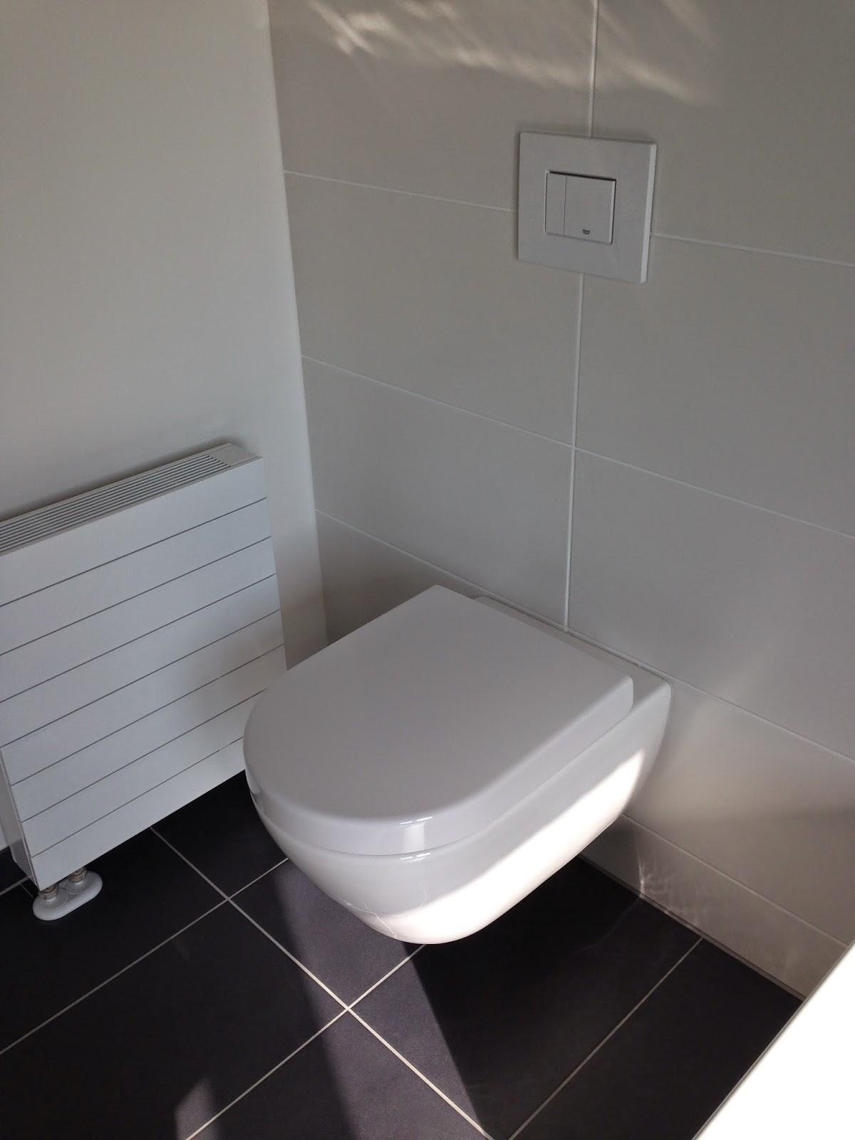 viebrock v1 von maike und ren endinstallation sanit r. Black Bedroom Furniture Sets. Home Design Ideas