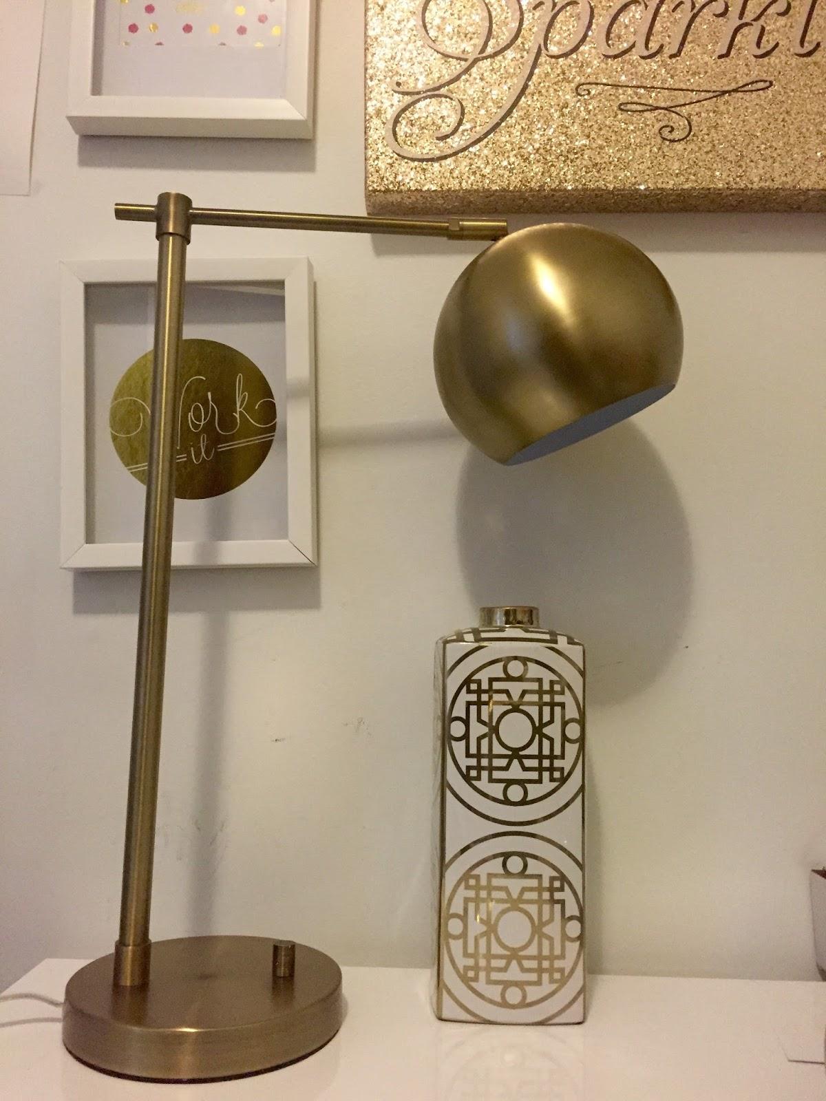 Luxaholic} A Bold & Brassy Desk Lamp #DecorateMyFlat | Curvatude ...