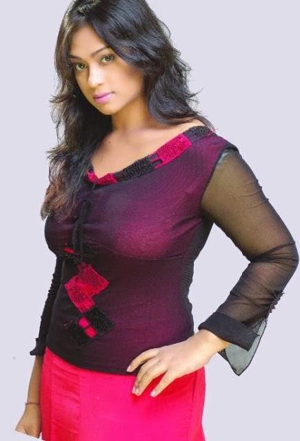 Pori Moni pictures, photos & full biography : Bangladeshi ...