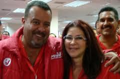 Alcalde Ramón Mavé junto a la Ditutada Cilia Flores