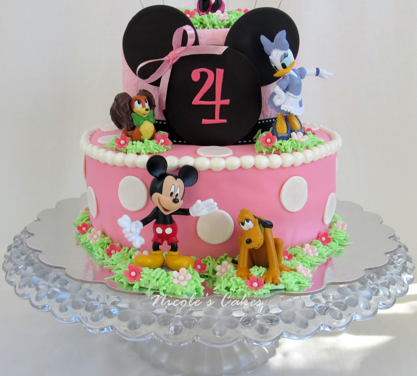 Confections, Cakes & Creations!: Minnie & Friends Cake!