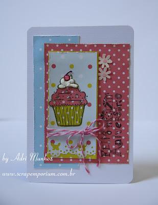 http://3.bp.blogspot.com/-J5NgWvLlMkc/UEfcqJQfjwI/AAAAAAAABTU/2-JRGB6RlZI/s1600/scrapemporium_adrimunhoz_cupcake1.jpg