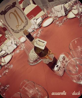 meseros botellas vino