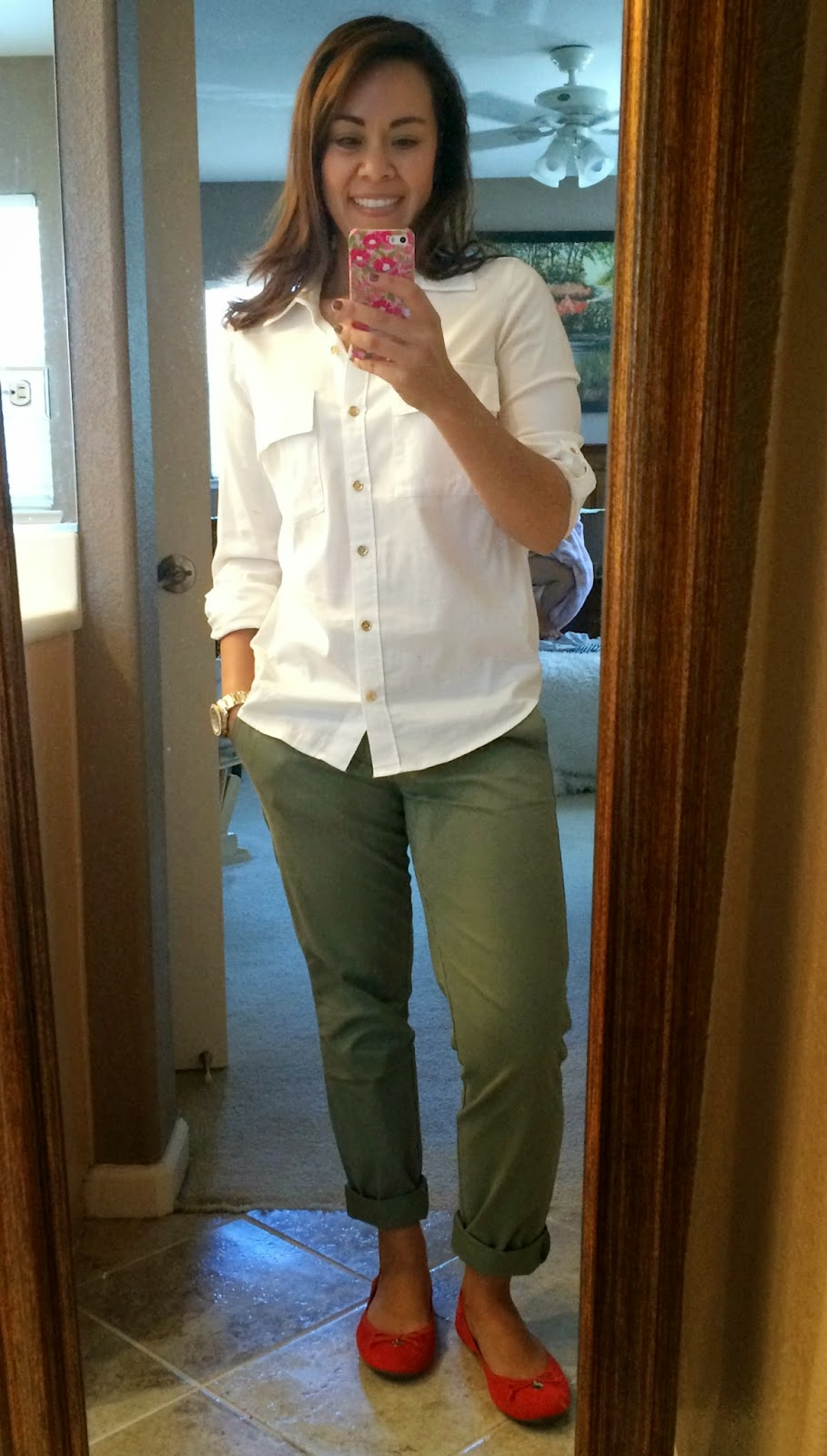What Color Goes With Hunter Green Pants