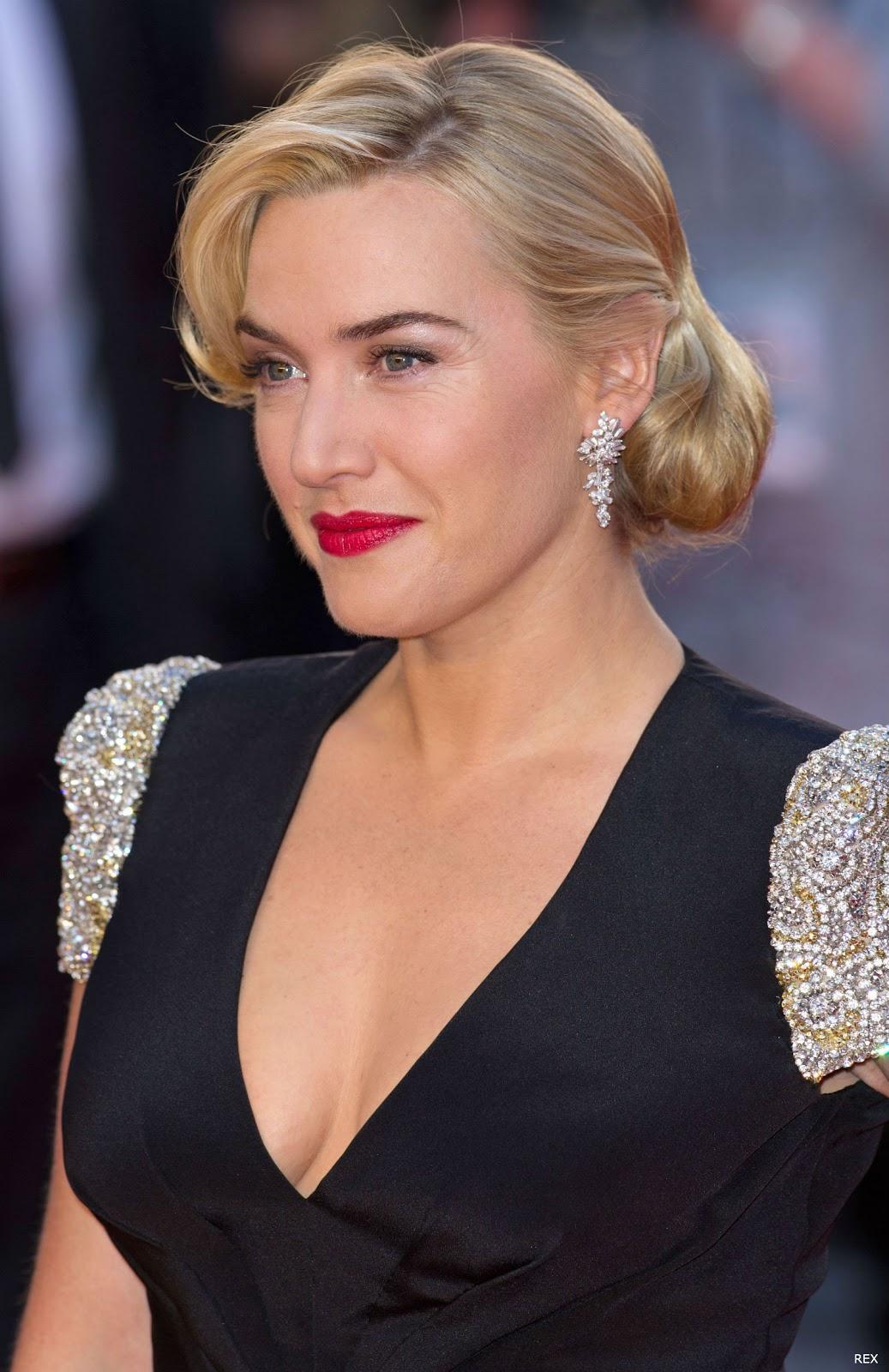 Kate winslet hot celebrities 2012 for Abbey brooks salon