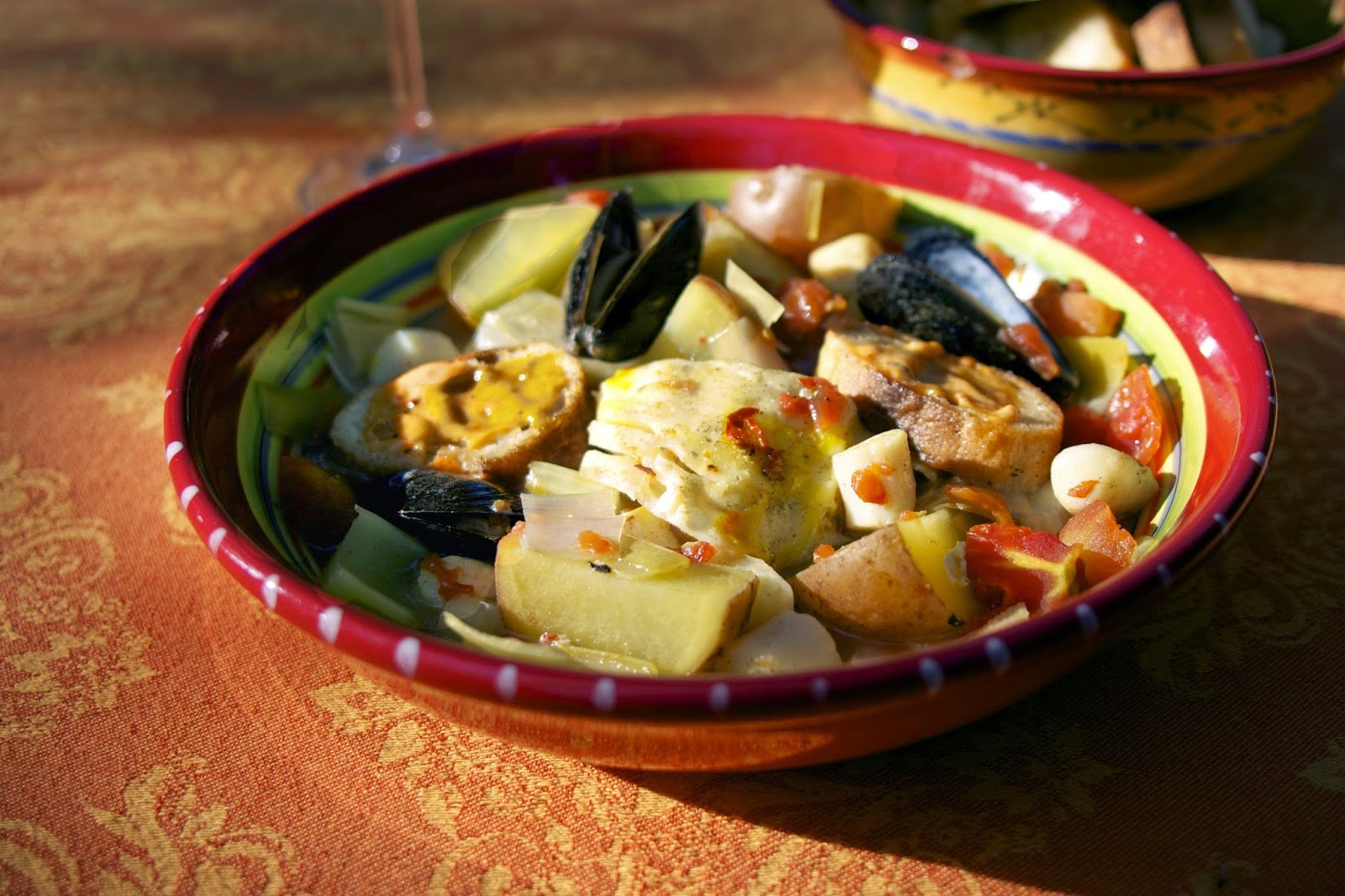 Slow Cooker Bouillabaisse: Fisherman's Stew: simplelivingeating.com