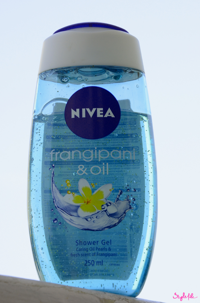 The frangipani & oil shower gel by nivea is is great skin care essential for the monsoon as it prevents your skin from feeling sticky while making it feel more fresh and rejuvinated