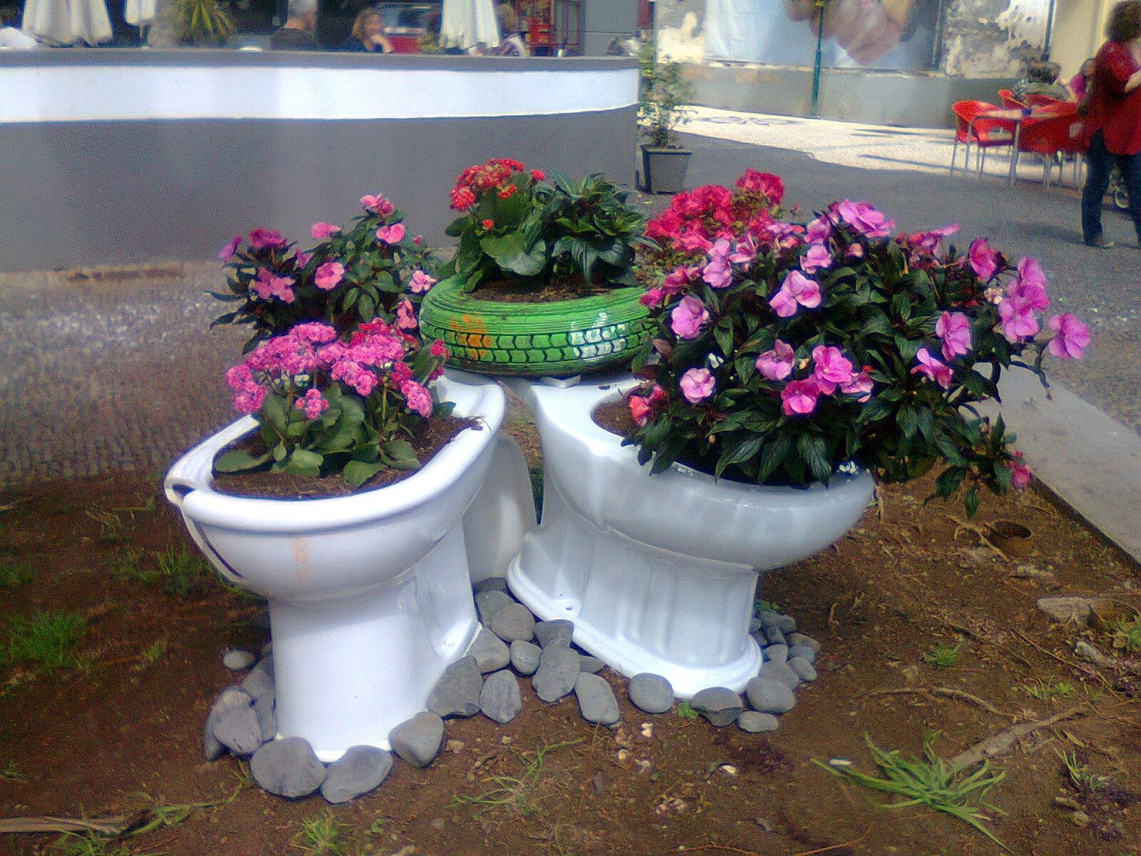 Mágicos Artes @ Ideias com Reciclagem para decoração de Jardim