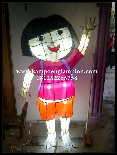 Lampion Dora
