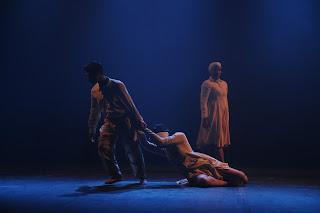 Cubos Cia de Dança_inauguração do Teatro Atheneu