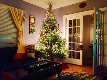 Stylish Tree at Home of Eric and Kari Plumpton