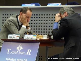 Échecs : Veselin Topalov (2769) 1/2 Vassily Ivanchuk (2763)