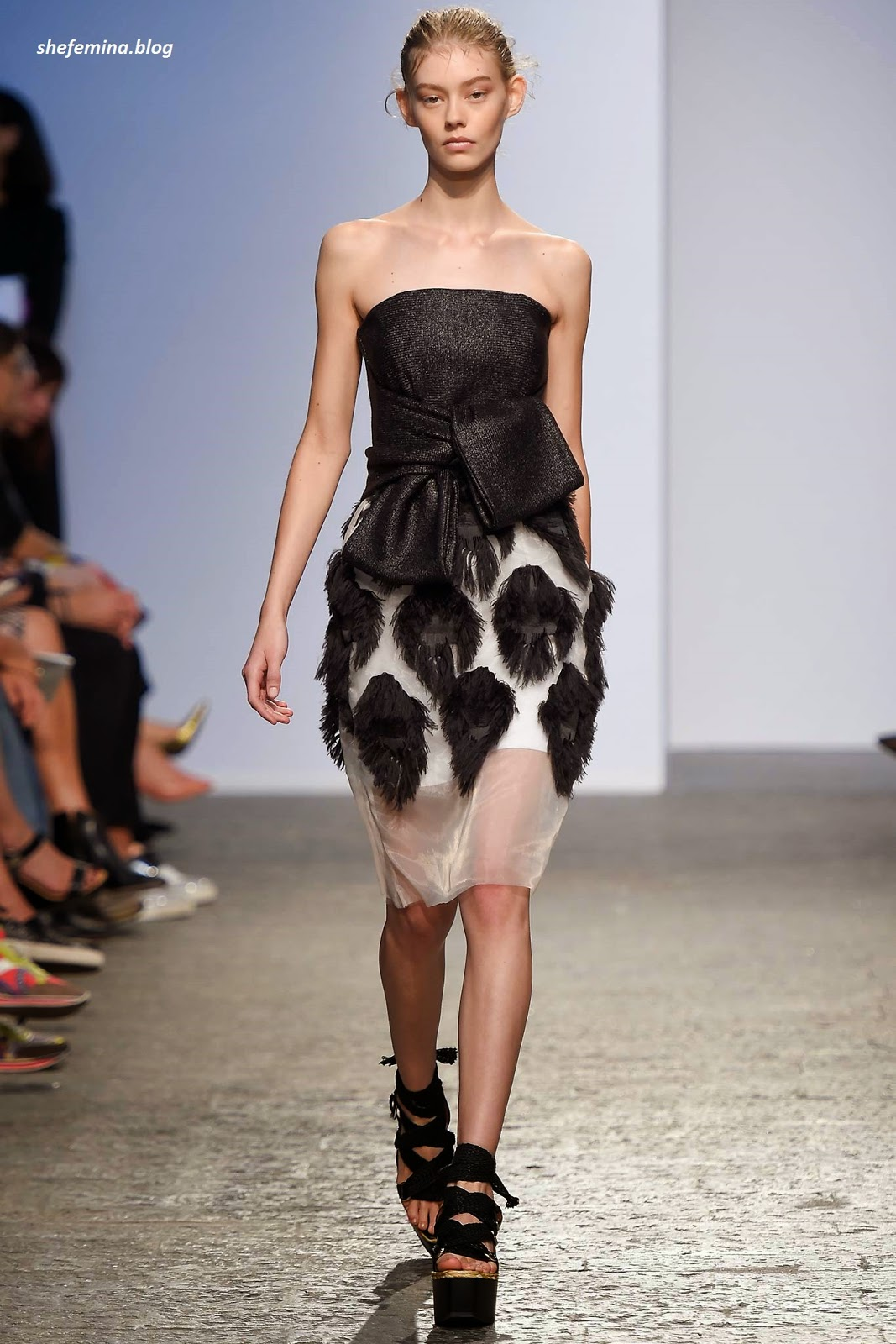 2159400f97 Sportmax Spring 2015 Ready-to-Wear Dresses Collation at Fashioh Show Runway