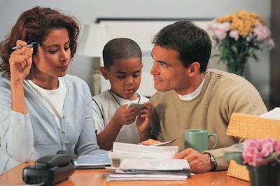 Mengatur Keuangan di Keluarga