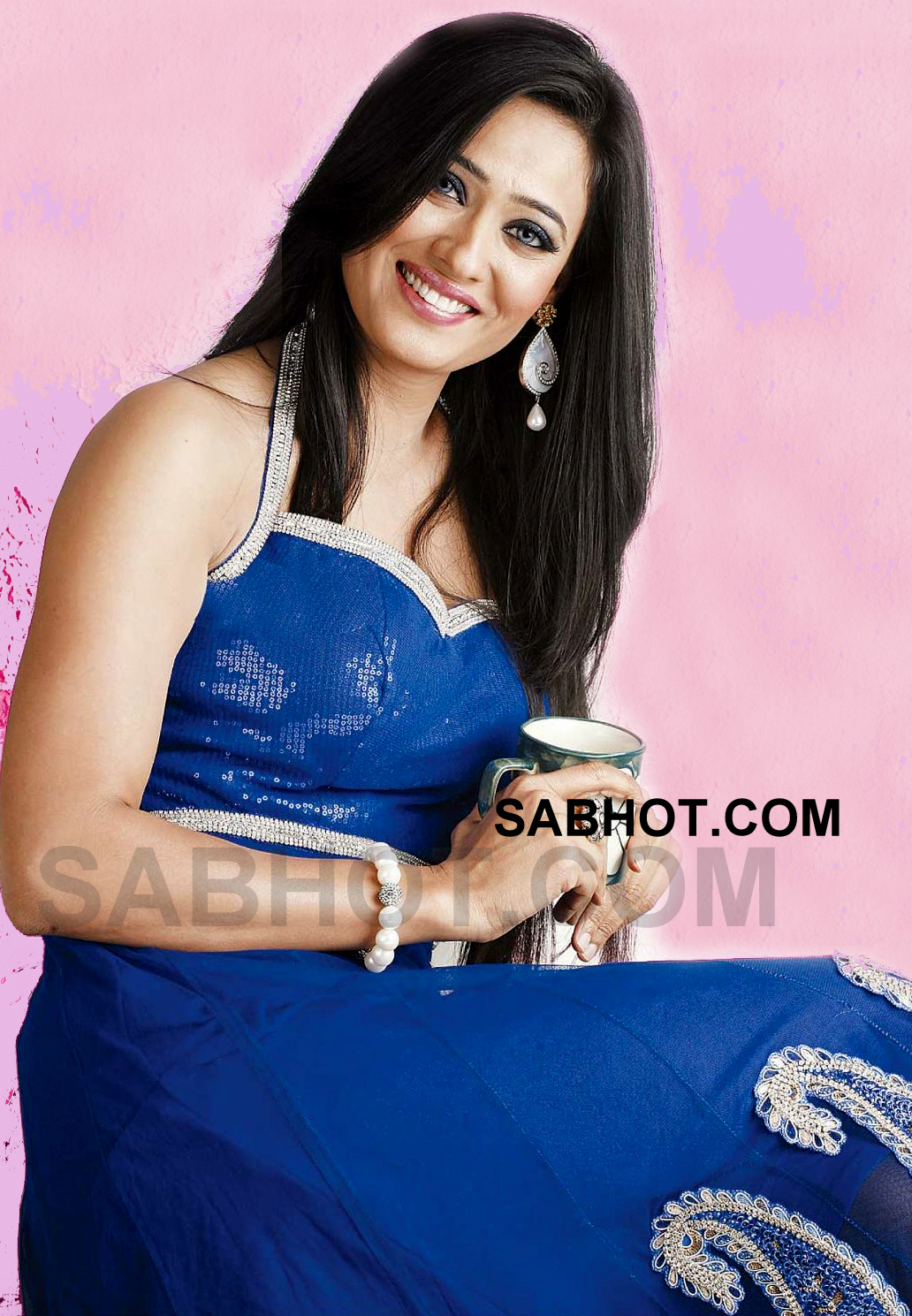 Bhojpuri Actress Shweta tiwari latest 2012 look - Shweta tiwari HQ Blue Dress Wallpaper