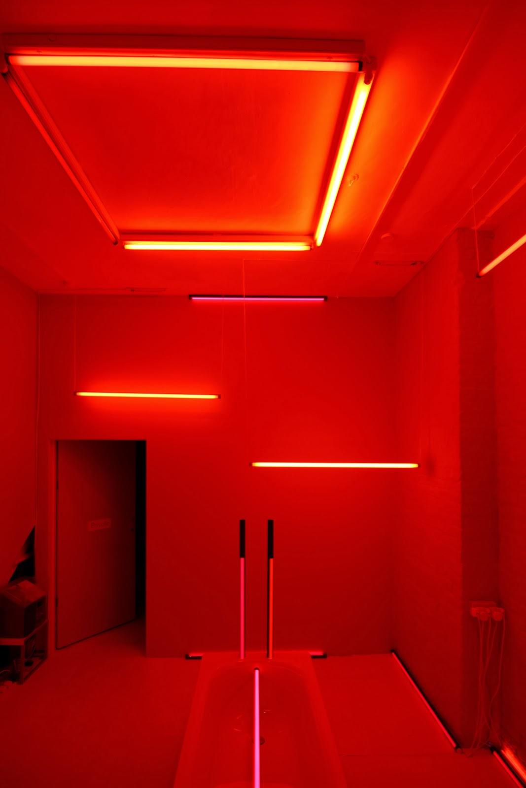 ULI 」: RED ROOM : Installation I