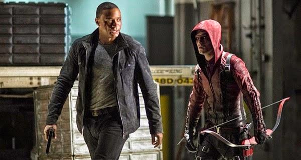 """Diggle y Arsenal en """"Arrow 3x10"""""""