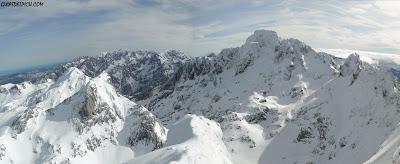 Peñasanta,Fernando Calvo guia de montaña, escaladas Peña Santa de Enol. Guiasdelpicu.com , Corredor del Marques