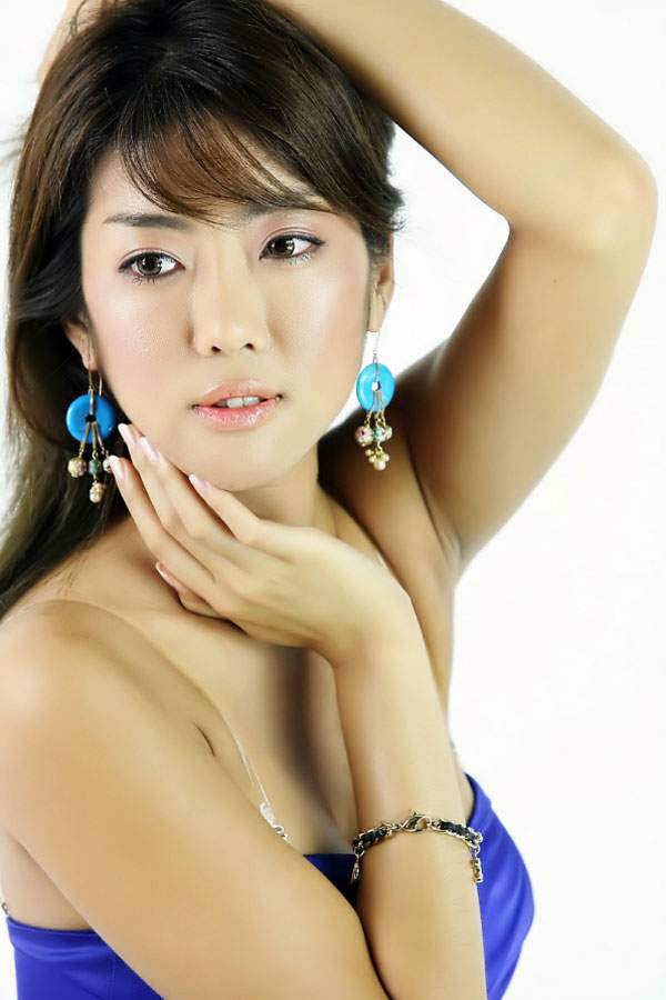 Meet Single Asian Women 114